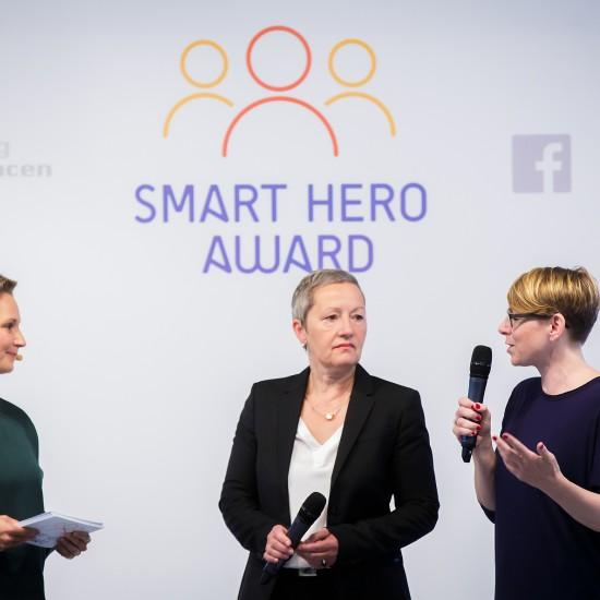 Facebook verleiht den Smart Hero Award am 20.09.16 in der Berliner Freiheit in Berlin. / Fotograf: Tobias Koch (www.tobiaskoch.net)